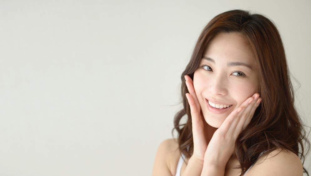 美肌効果やニキビケアなどの肌に対してマヌカハニーを使いたい